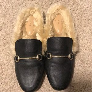 Gucci look alike fur-lined mule